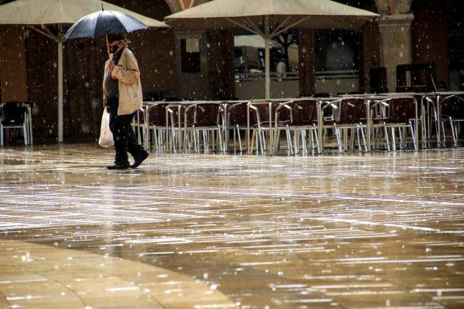 pluja terrasses plaça ajuntament